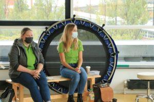 Teamsitzung nur mit Mund-Nasenschutz